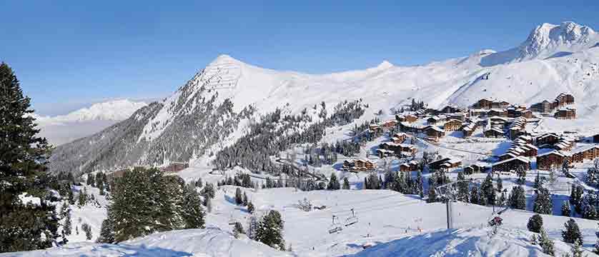 france_paradiski-ski-area_la-plagne_winter.jpg